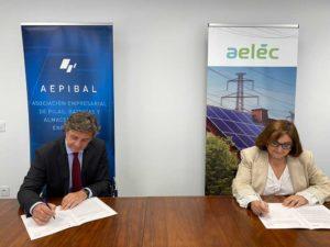 Acuerdo entre AELEC y AEPIBAL para la promoción del almacenamiento eléctrico
